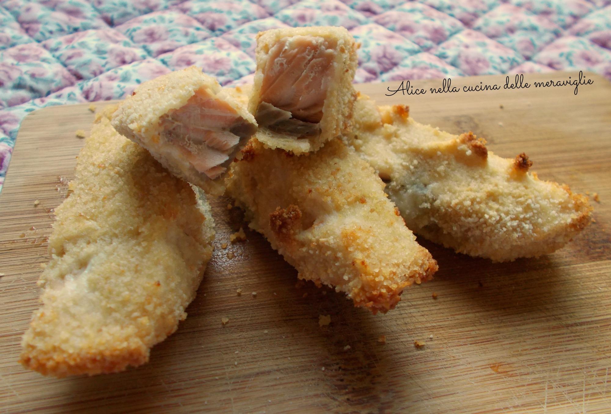 Bastoncini di salmone al forno Ricetta secondo piatto di pesce Alice nella cucina delle meraviglie