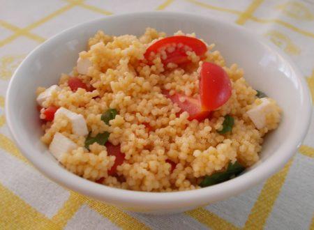 Miglio con pomodorini e formaggio fresco, ricetta primo piatto vegetariano