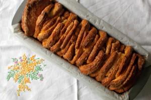 Pane allo zucchero e cannella (Cinnamon Sugar Pull-Apart Bread), ricetta lievitato dolce