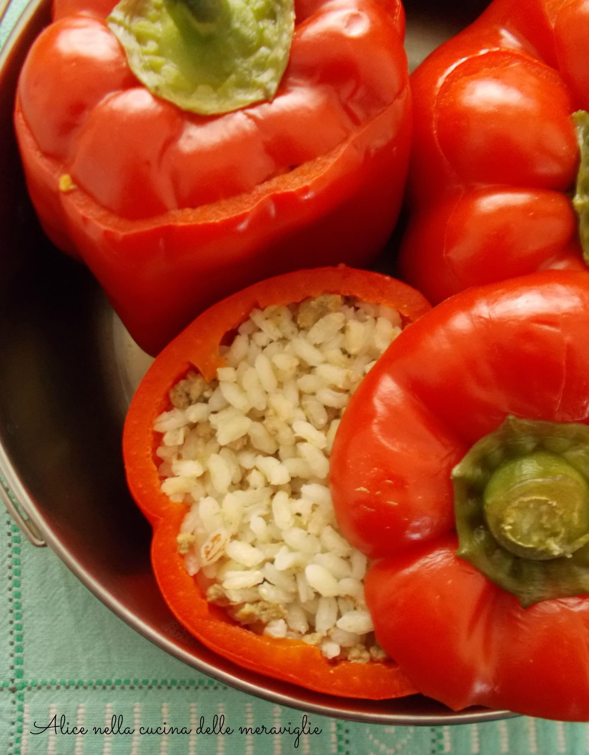 Peperoni ripieni di riso e carne Ricetta con cottura in pentola a pressione Alice nella cucina delle meraviglie