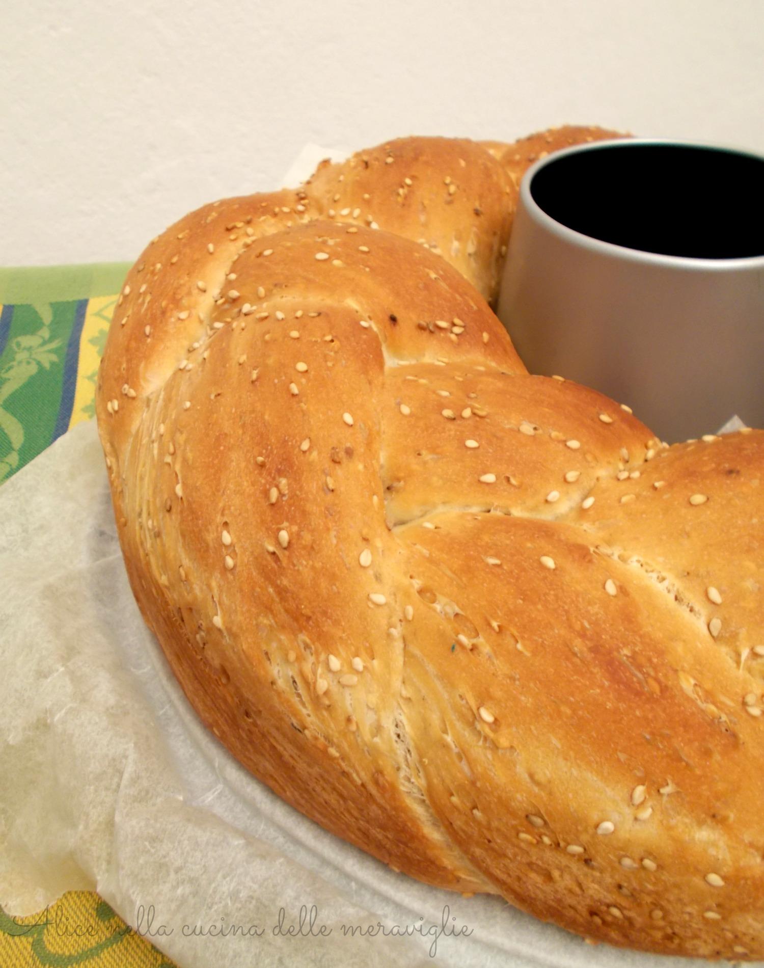 Treccia di pane al sesamo Ricetta vegetariana Alice nella cucina delle meraviglie