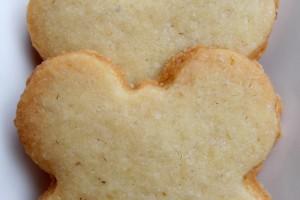 Farfalle ali di burro (ovvero: biscotti con farina di riso), ricetta dolce (senza glutine)