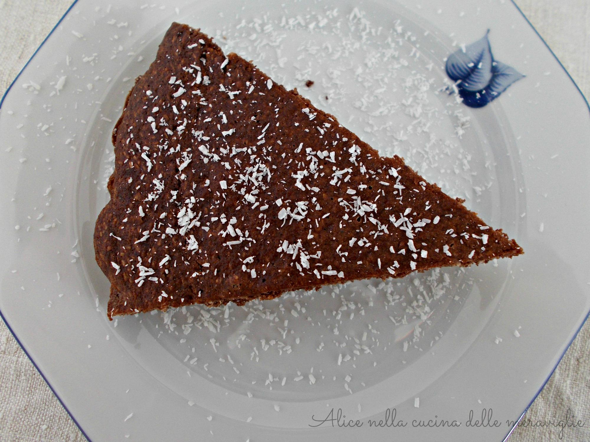 Cocoa Coconut Cake Alice nella cucina delle meraviglie (2)