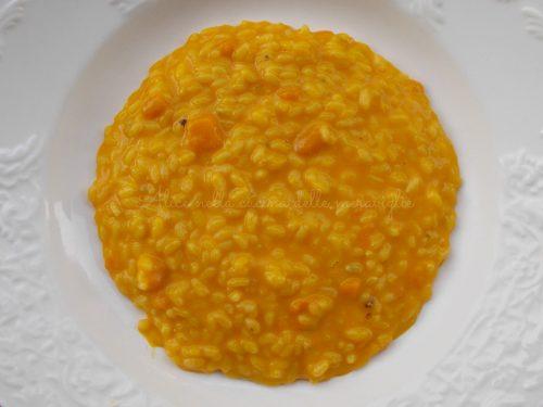 Risotto alla zucca e taleggio, ricetta primo piatto vegetariano