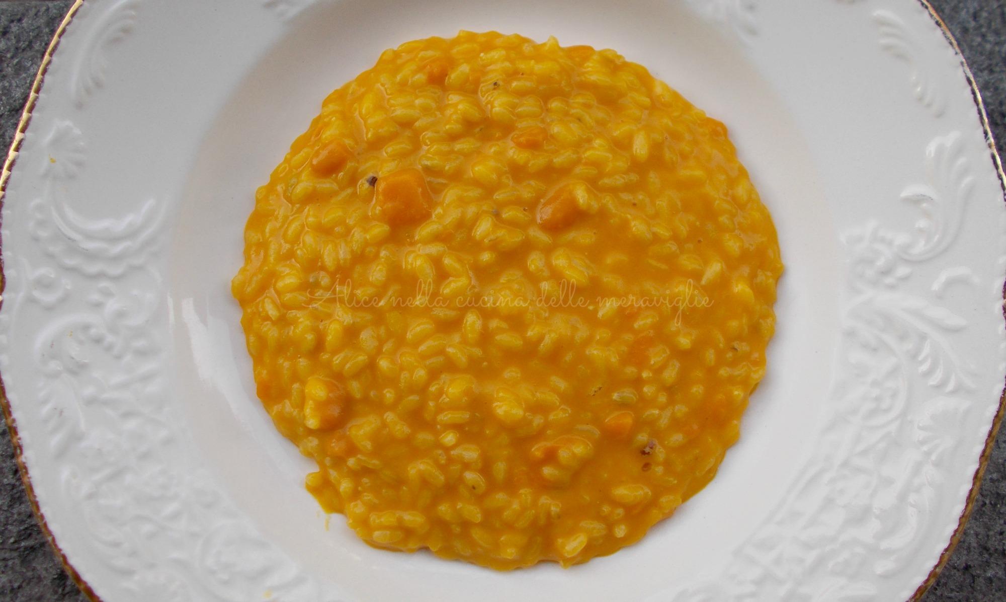 Risotto alla zucca e taleggio Ricetta primo piatto vegetariano Alice nella cucina delle meraviglie