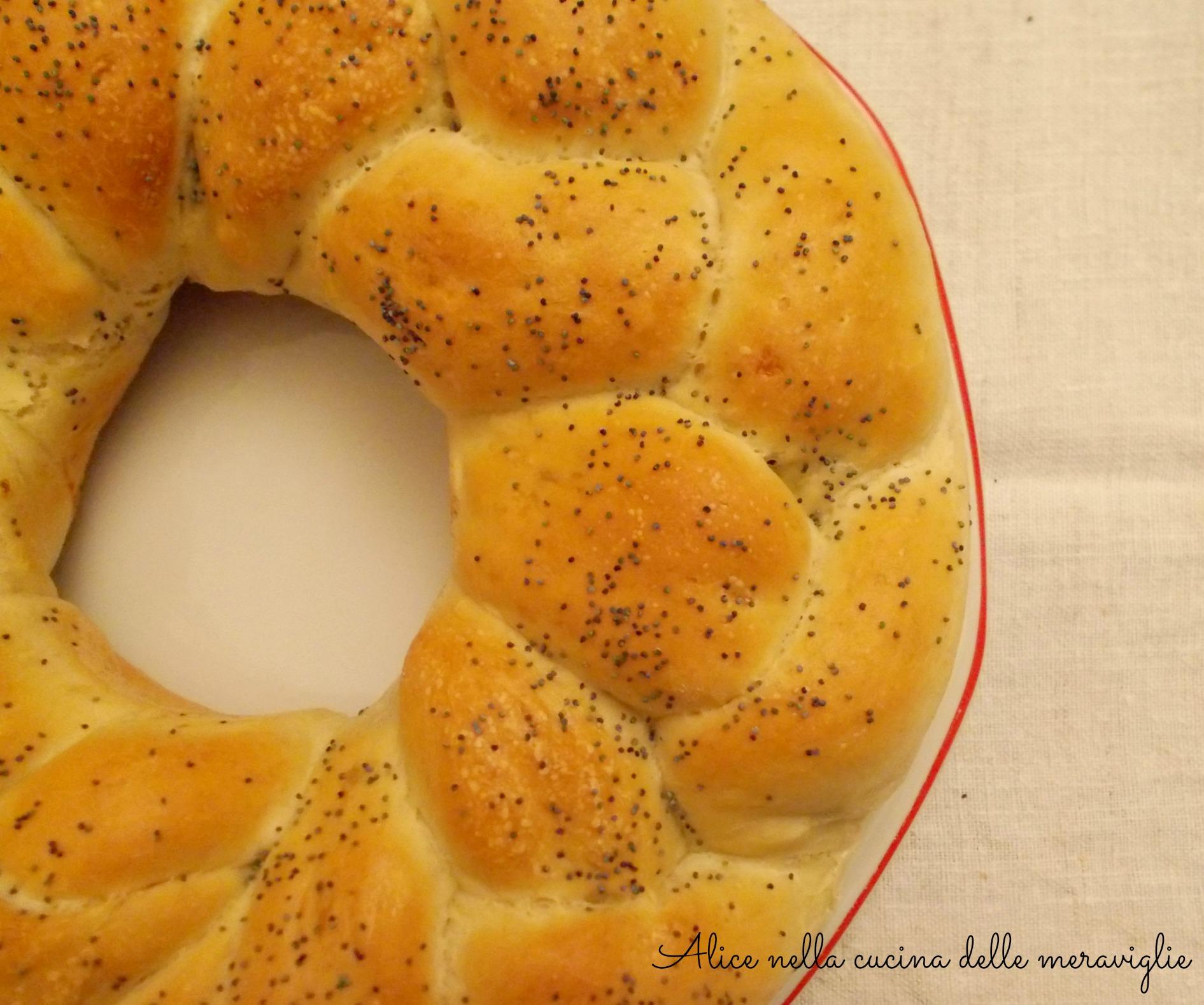 Treccia di pan brioche farcita Ricetta lievitato salato Alice nella cucina delle meraviglie