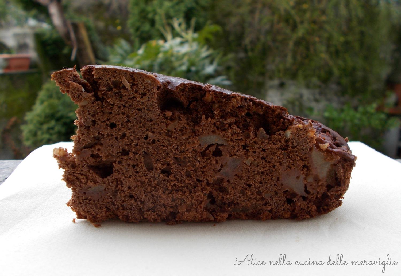 Torta cioccopere Ricetta dolce vegano Senza uova e senza burro Alice nella cucina delle meraviglie