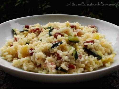 Fregola con zucchine e pancetta, ricetta primo piatto