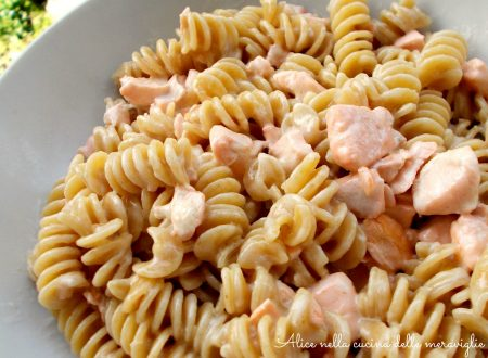Pasta con salmone fresco e panna, ricetta primo piatto