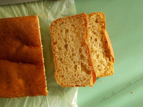Pan brioche al miele con licoli, ricetta lievitato dolce