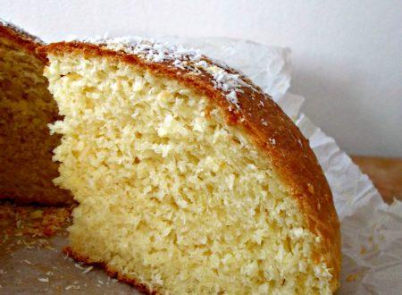 Coconut brioche cake