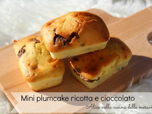 Mini plumcake ricotta e cioccolato, ricetta dolce (senza burro)