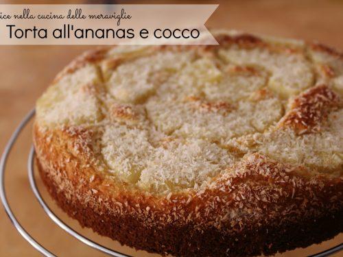 Torta all'ananas e cocco, ricetta dolce vegano (senza latticini, senza uova e senza grassi aggiunti)