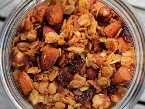 Granola fatta in casa, ricetta dolce