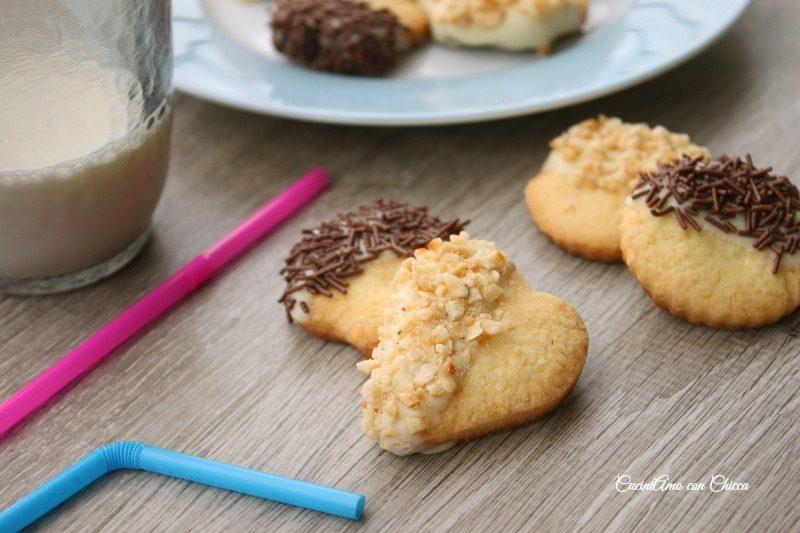 Biscotti ricoperti al cioccolato