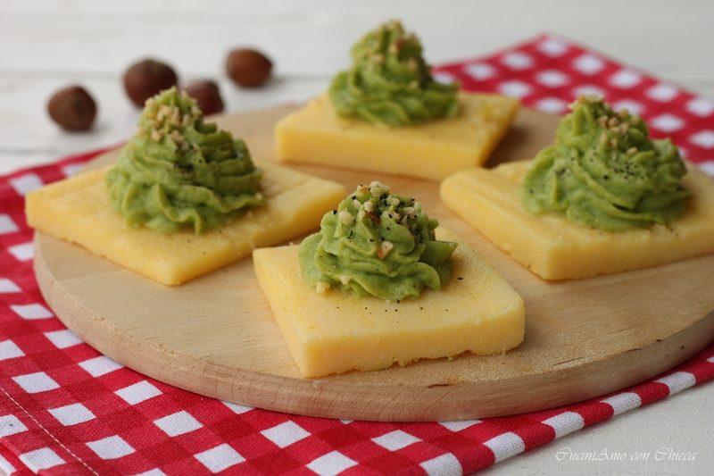 Tartine di polenta con mousse di broccoli