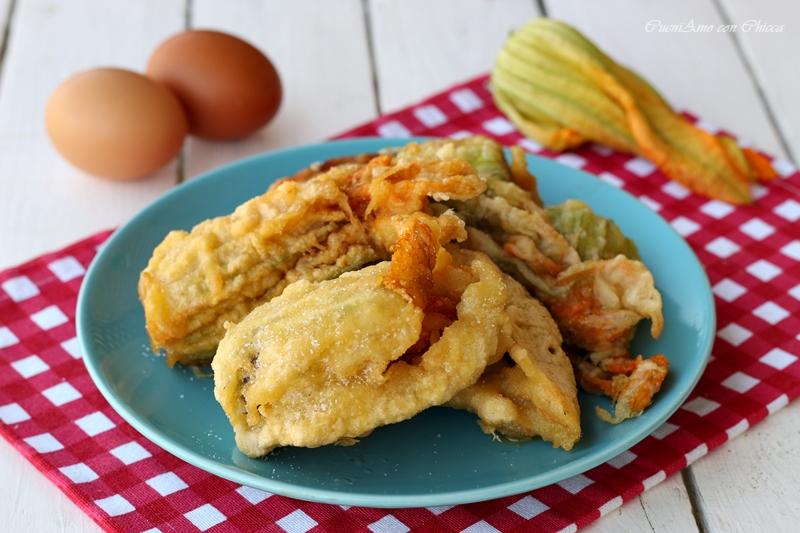 Fiori di zucchina fritti croccanti