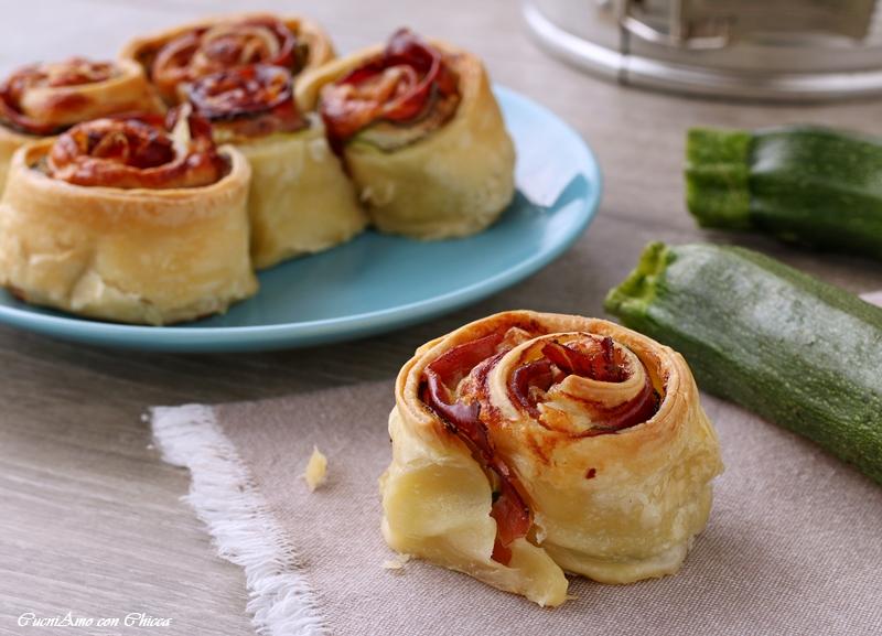 Torta di rose veloce con zucchine e speck