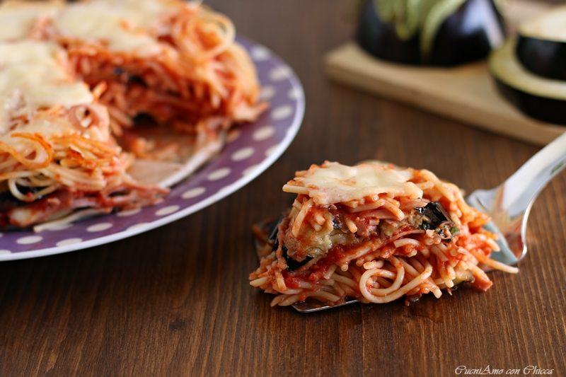 Timballo di spaghetti e melanzane