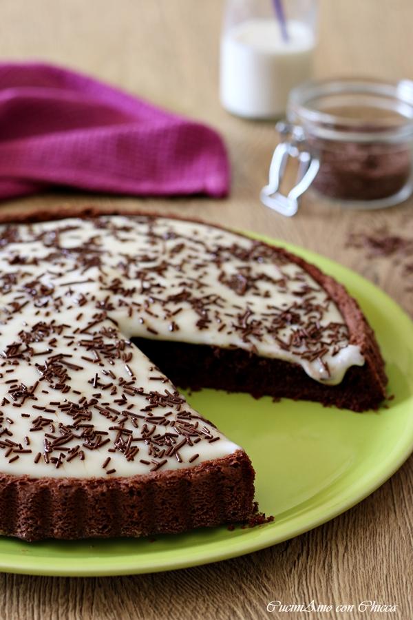 Crostata morbida al cacao con crema al latte