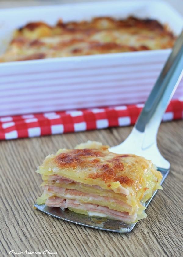 Parmigiana di Patate con Prosciutto e Formaggio