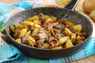 patate e funghi in padella 1
