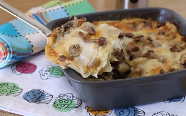 Lasagna con funghi e besciamella