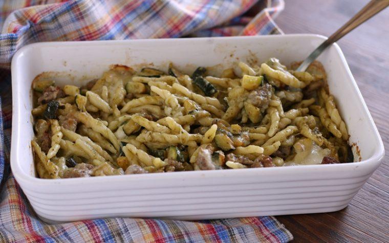 Pasticcio con zucchine e salsiccia
