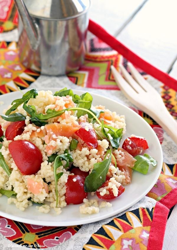 Cous cous con rucola salmone e pomodorini cuciniamo con for Cucinare cous cous