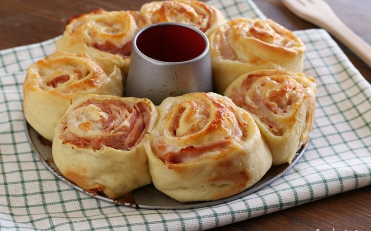 Ciambella di rose facile facile