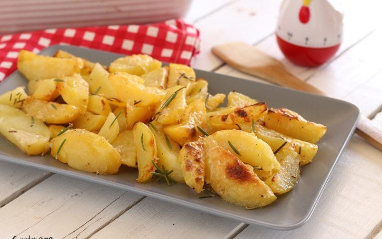 Patate arrosto al parmigiano