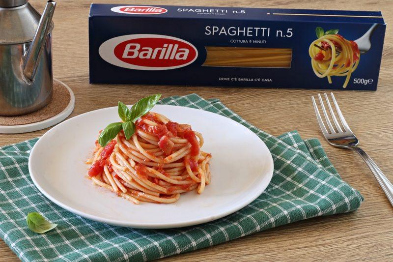 Spaghetti con spada affumicato al pomodoro