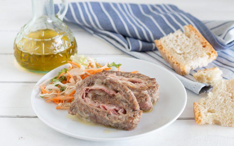 Girelle di carne facilissime con prosciutto e provola