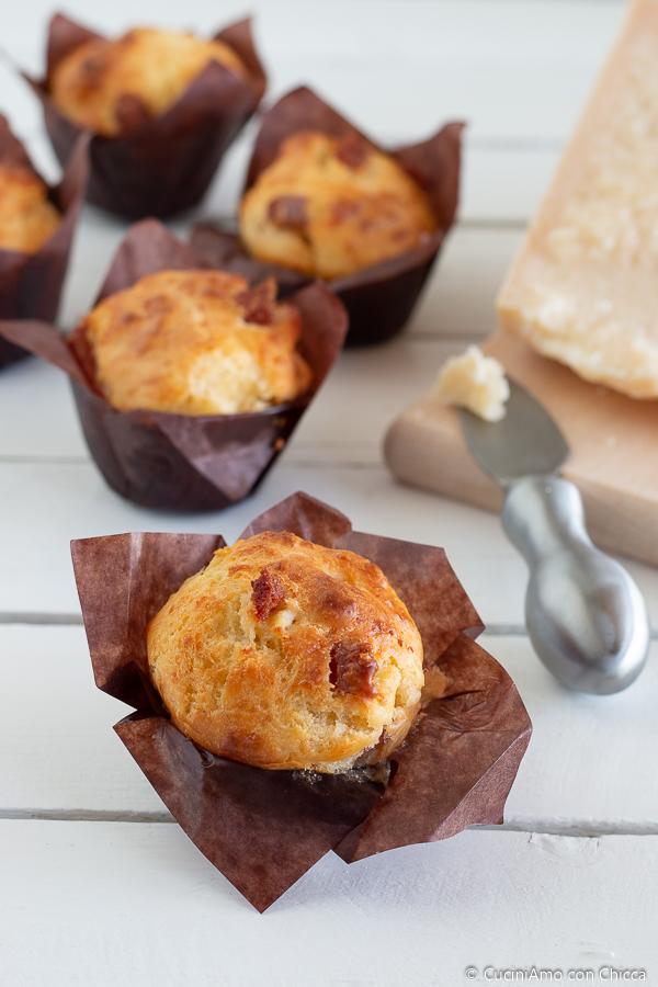 Muffin al Parmigiano e Salame
