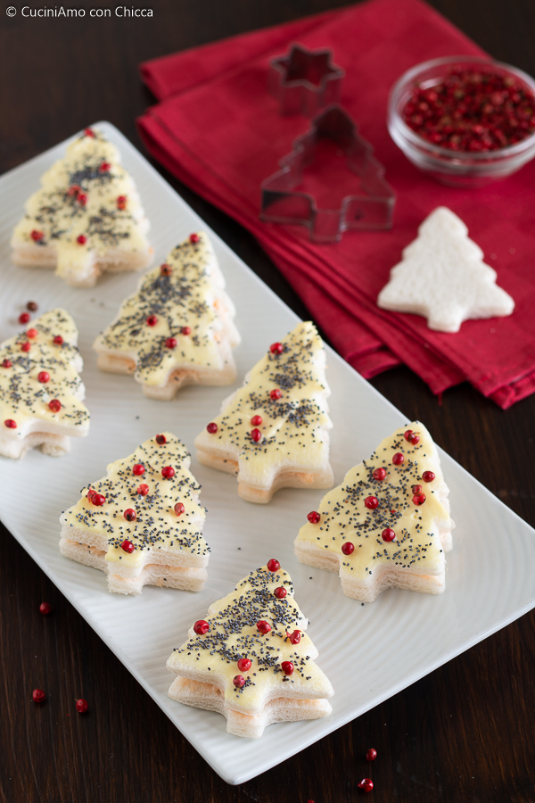 Antipasti Tartine Di Natale.Alberelli Natalizi Di Tartine Cuciniamo Con Chicca