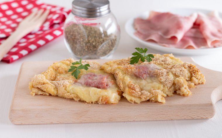 Schiacciata di patate con prosciutto