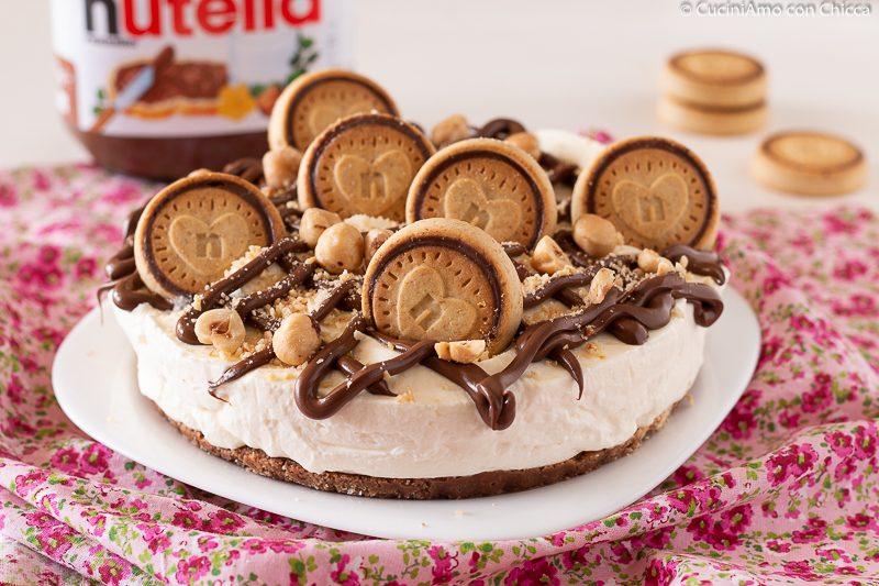 CHEESECAKE NUTELLA BISCUITS Ricetta dolce senza cottura