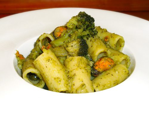 Rigatoni broccoli e cozze