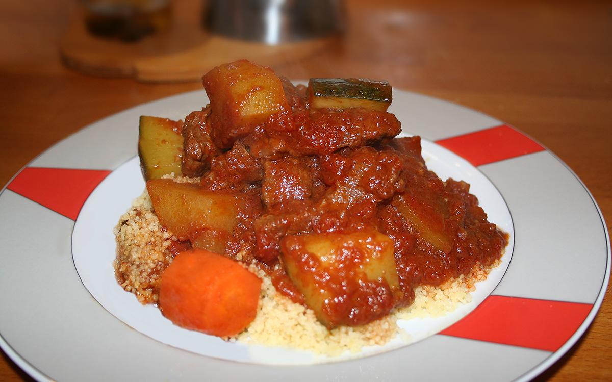Cuscus piccante con carne e verdure