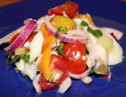 Pesce stocco in insalata con peperoni