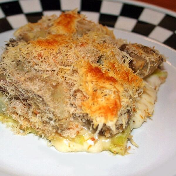 Tortiera di zucchine e carciofi ai formaggi e noci