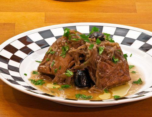 Pesce stocco con cipolle e salsa di soia