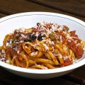Linguine in salsa rustica