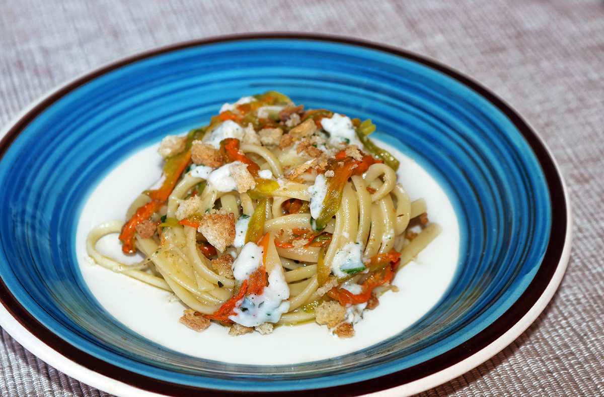 Linguine in crema di mozzarella