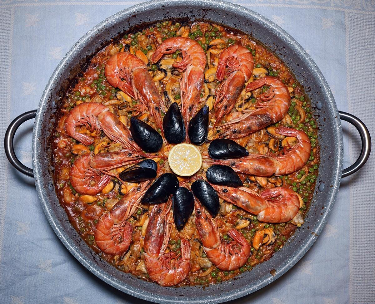 Paella ai frutti di mare - ricetta originale