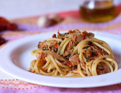 Spaghetti tonno e capuliato