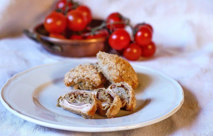 Involtini di pollo al forno ripieni di melanzane, pecorino romano e prosciutto