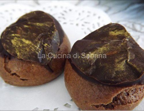 Bignè al cioccolato con mousseline alla cannella