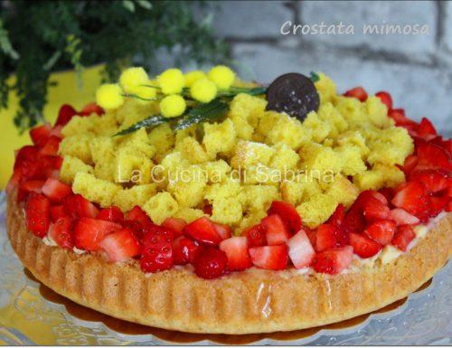 Crostata mimosa con fragole e crema pasticcera