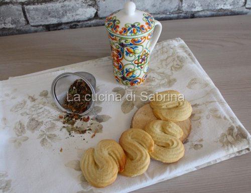 Biscottini di frolla montata vaniglia e caffé